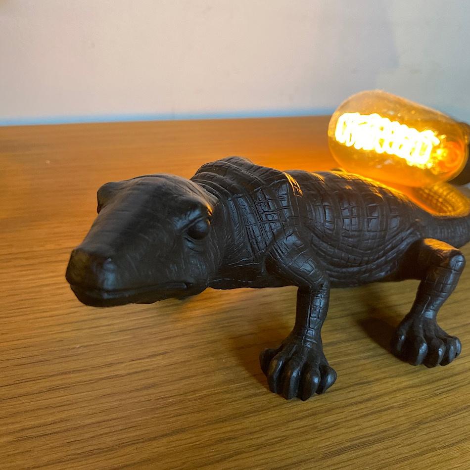 Lampe Lézard noire design