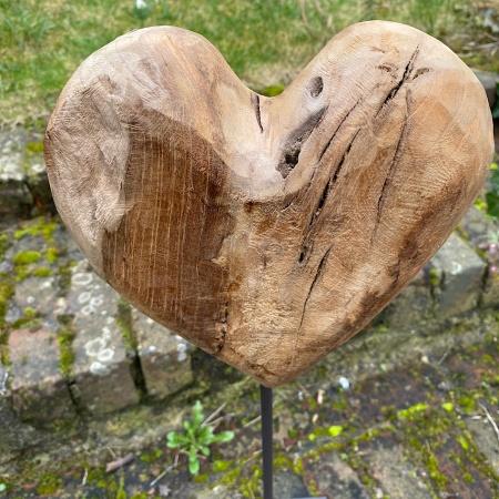 Coeur Métal et Teck